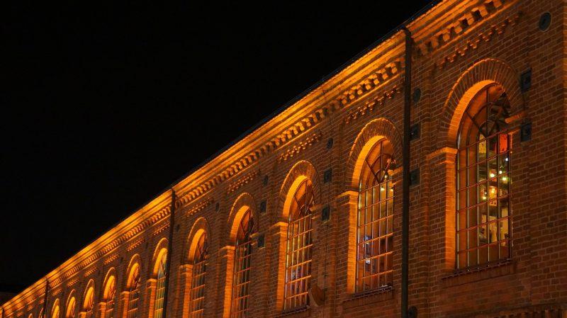 miasto Łódź nocą